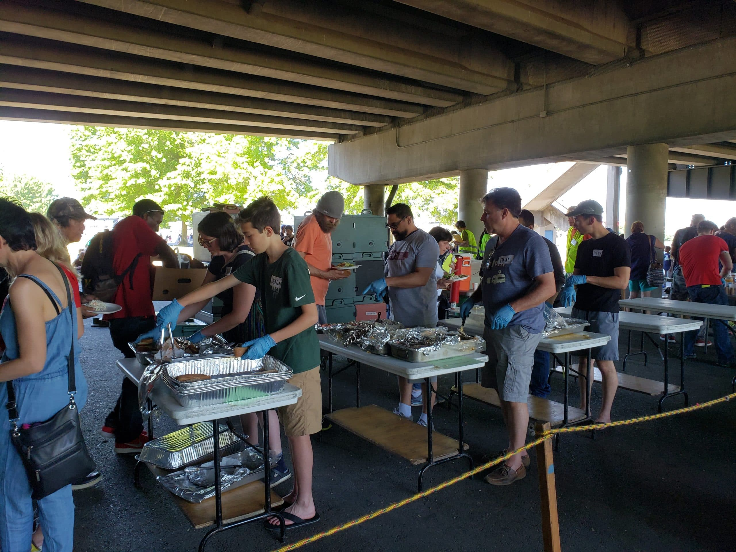 Gamers gather to volunteer in Downtown Portland to feed the homeless on Mother's Day 2018
